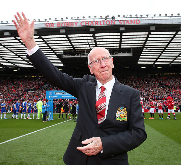 England and Man Utd legend Bobby Charlton diagnosed with dementia