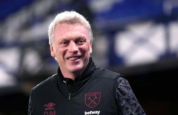 Moyes pens down new deal to extend stay at West Ham dugout